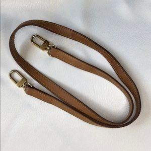 """Louis Vuitton VVN leather 40"""" shoulder strap"""